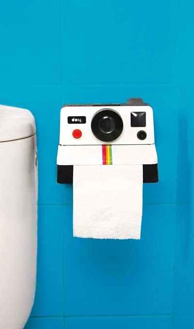 camera-toilet-roll